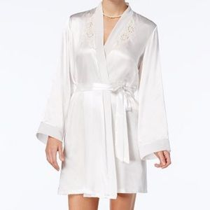 Other - Bride Ivory Satin Robe Set Size S\M